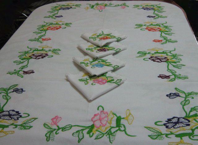 Patrones De Flores Para Manteles Imagui Manteles Pinterest - Manteles-para-bordar