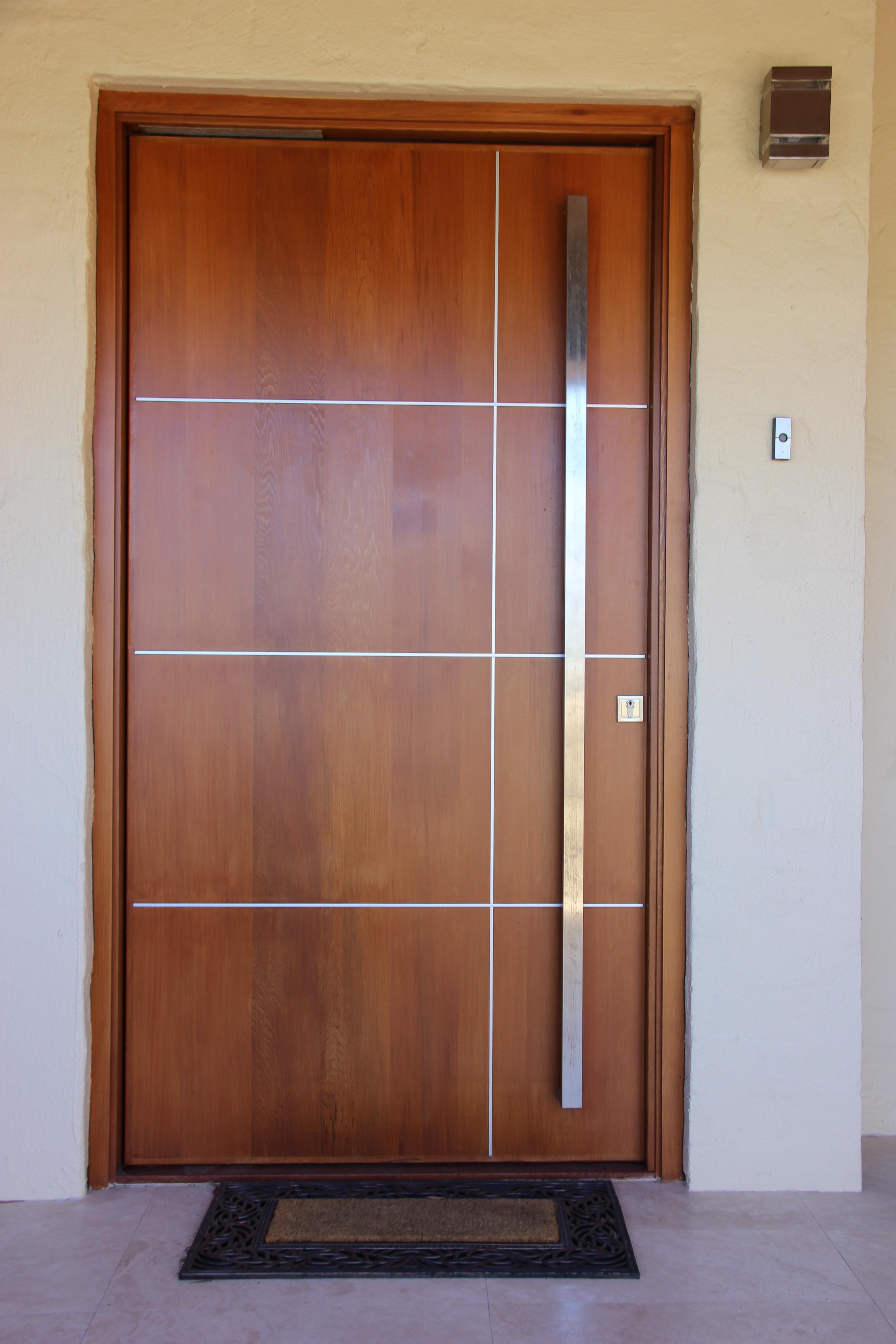 90 Modelos De Portas Tipos Correr Madeira Vidro E Fotos Porta Design Moderno Portas De Madeira Portas De Entrada De Madeira