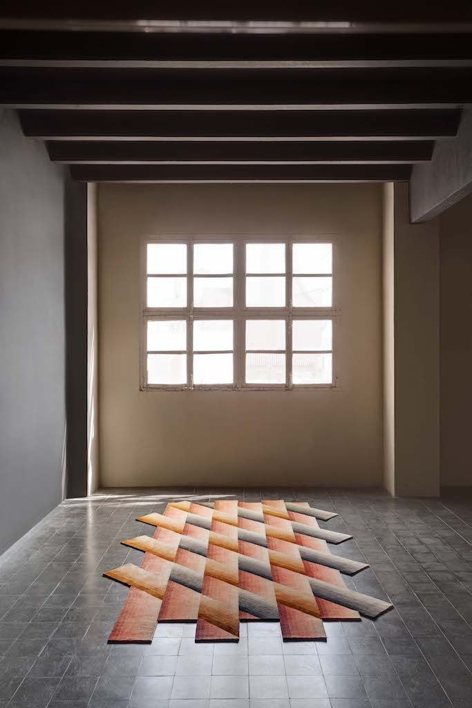 Mirage, i tappeti colorati come fasci di luce Tappeti