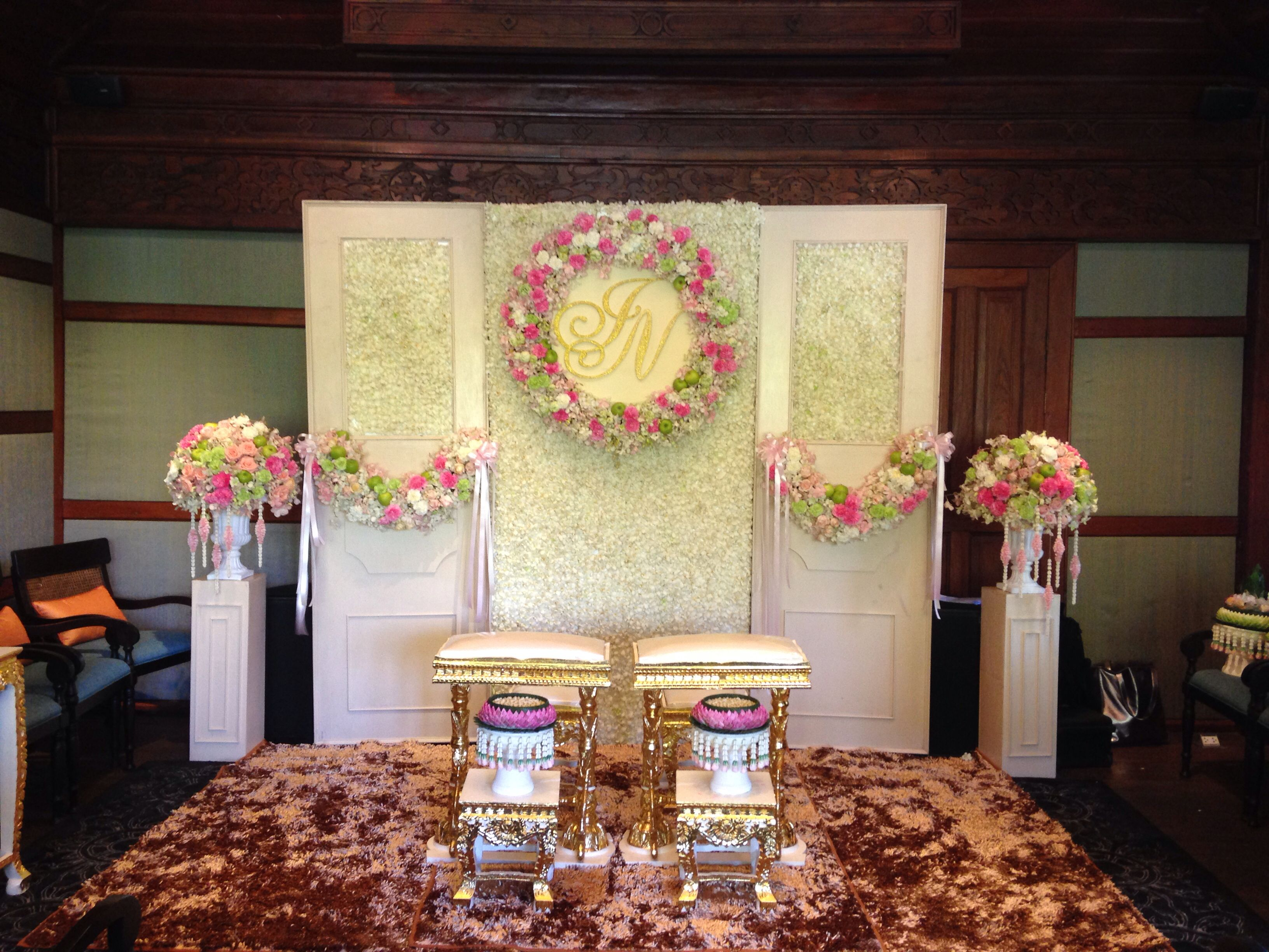 Thai Decorating Ideas Thai Wedding Ceremony Setup By Leave It On Me Wedding