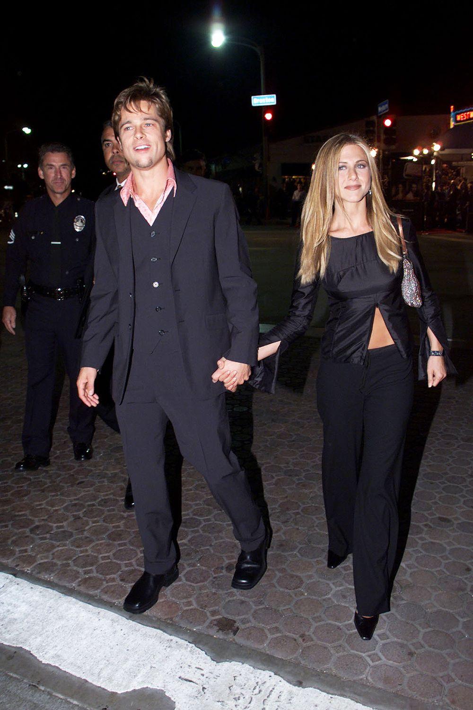 Jennifer Aniston Brad Pitt S Cutest Couple Moments Pics Brad Pitt Jennifer Aniston Brad Pitt And Jennifer Jennifer Aniston