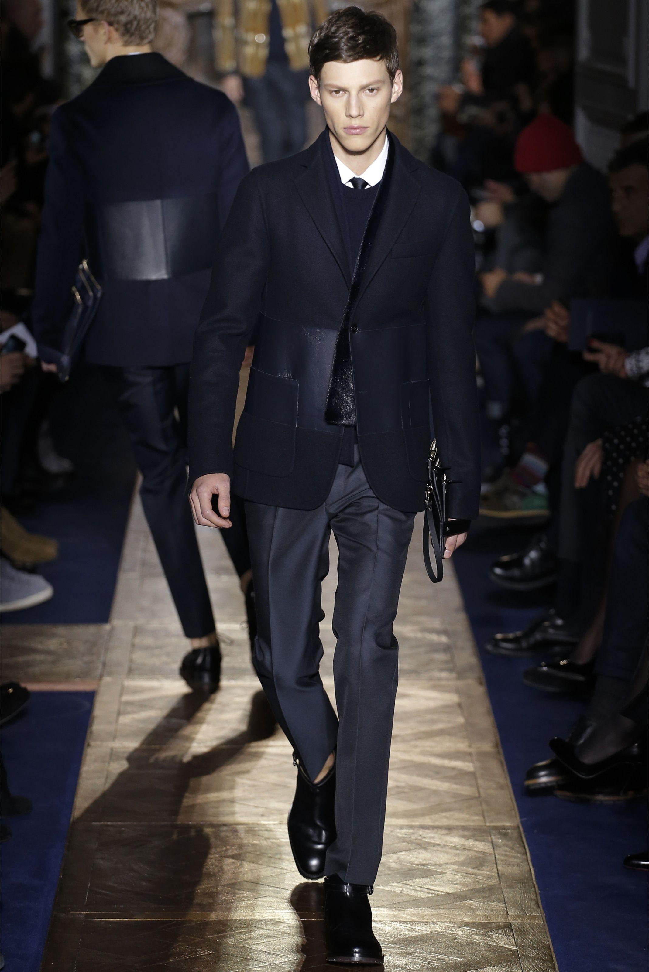 Sfilata Valentino Milano Moda Uomo Autunno Inverno 2013-14 - Vogue Moda  Masculina ff7903e9d42
