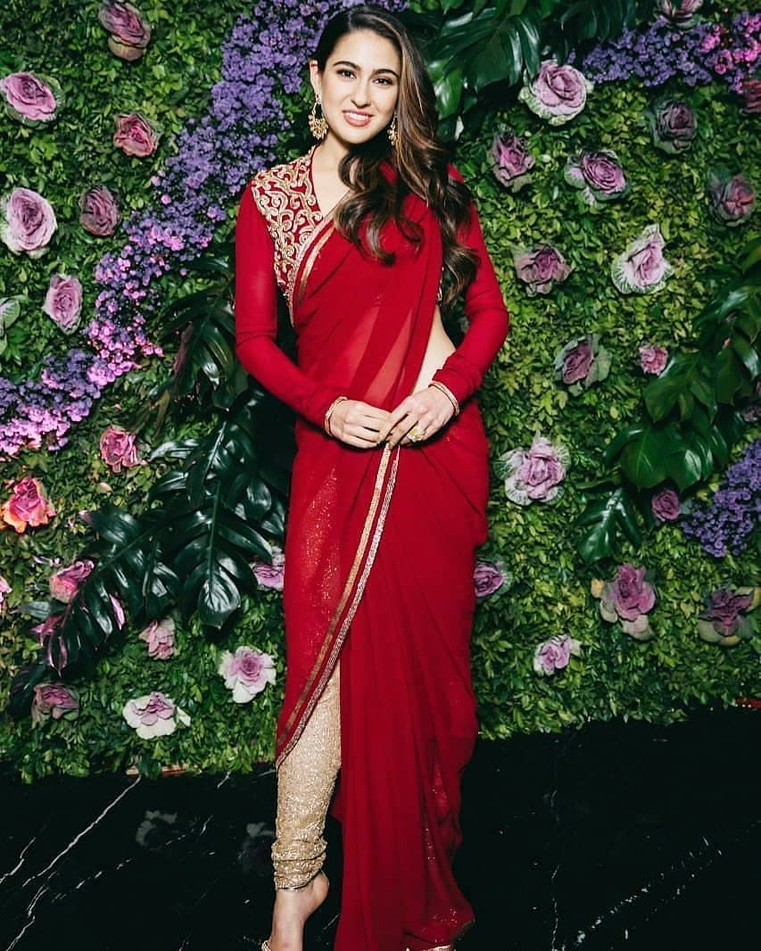 saraalikhan in 2019 | Sara ali khan, Saree styles, FashionSara Khan In Saree