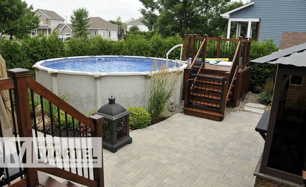 Am nagement paysager d une cour arri re bien remplie avec for Paysager une terrasse