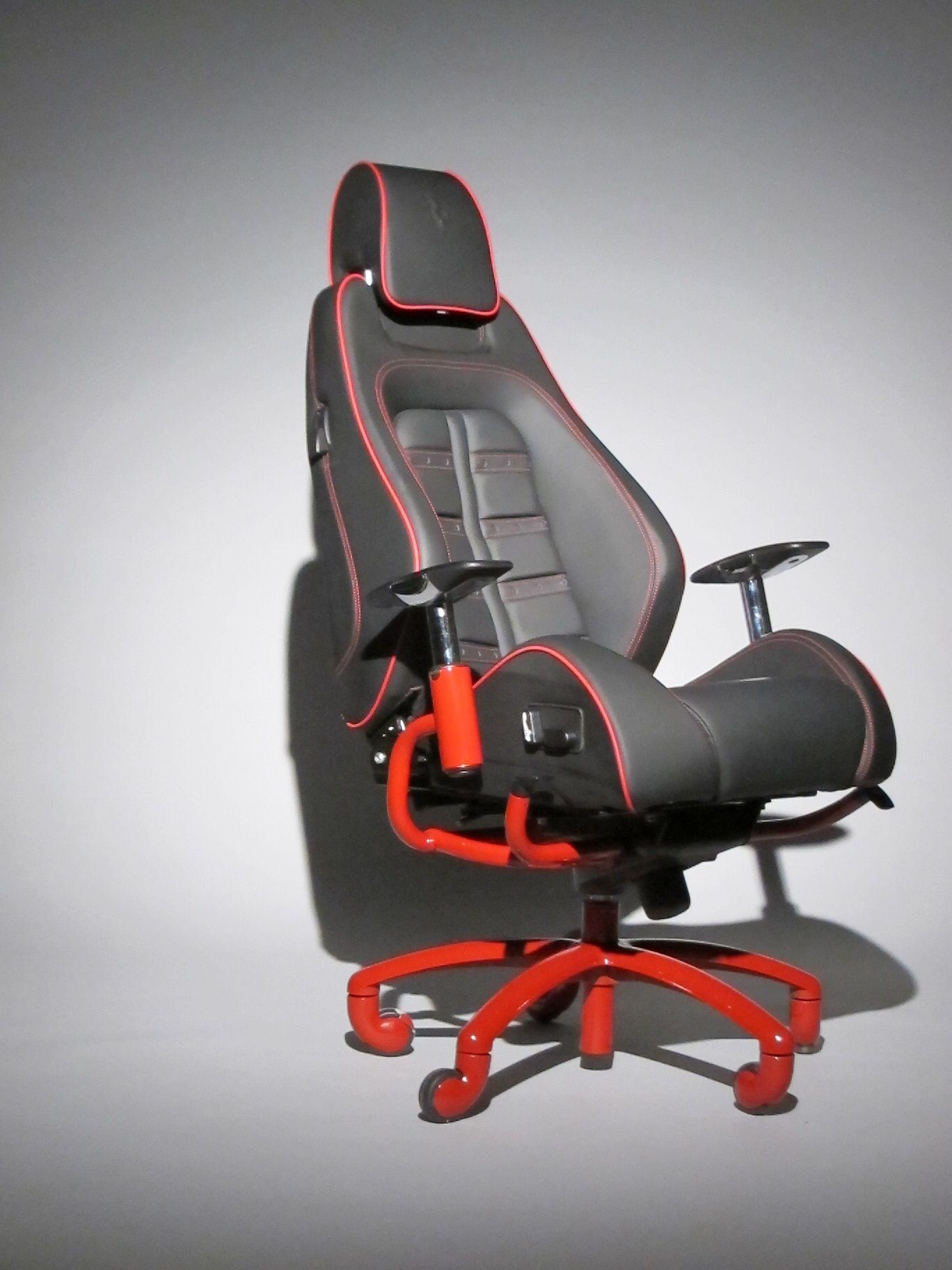Most comfortable office chair - Authentic Ferrari Office Chair From Racechairs Com Made Using The Actual Seat From A Most Comfortable