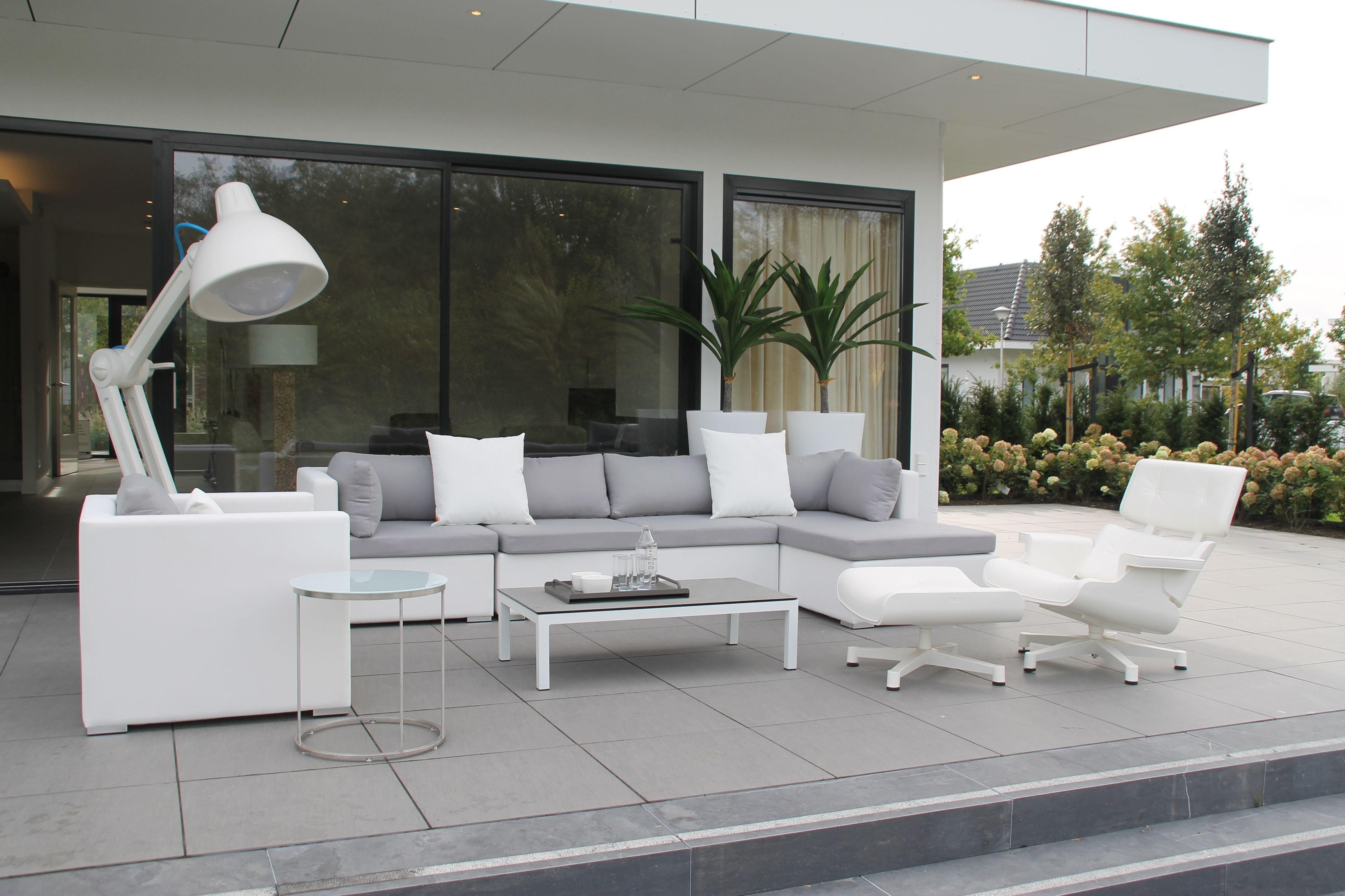 Tuinset tuinmeubelen lounge loungeset white grey wit grijs