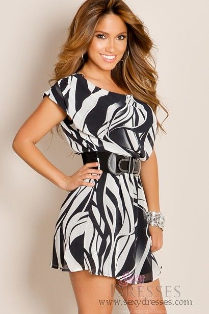 Black and White Elegantly Beautiful Flowy Designer Print Belted Waist Tunic Cocktail Dress