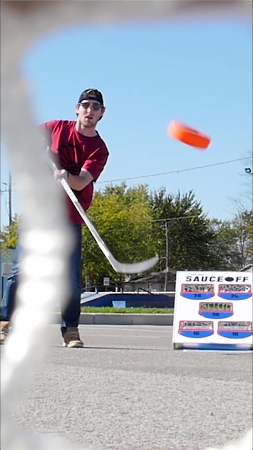 saucer king hockey game