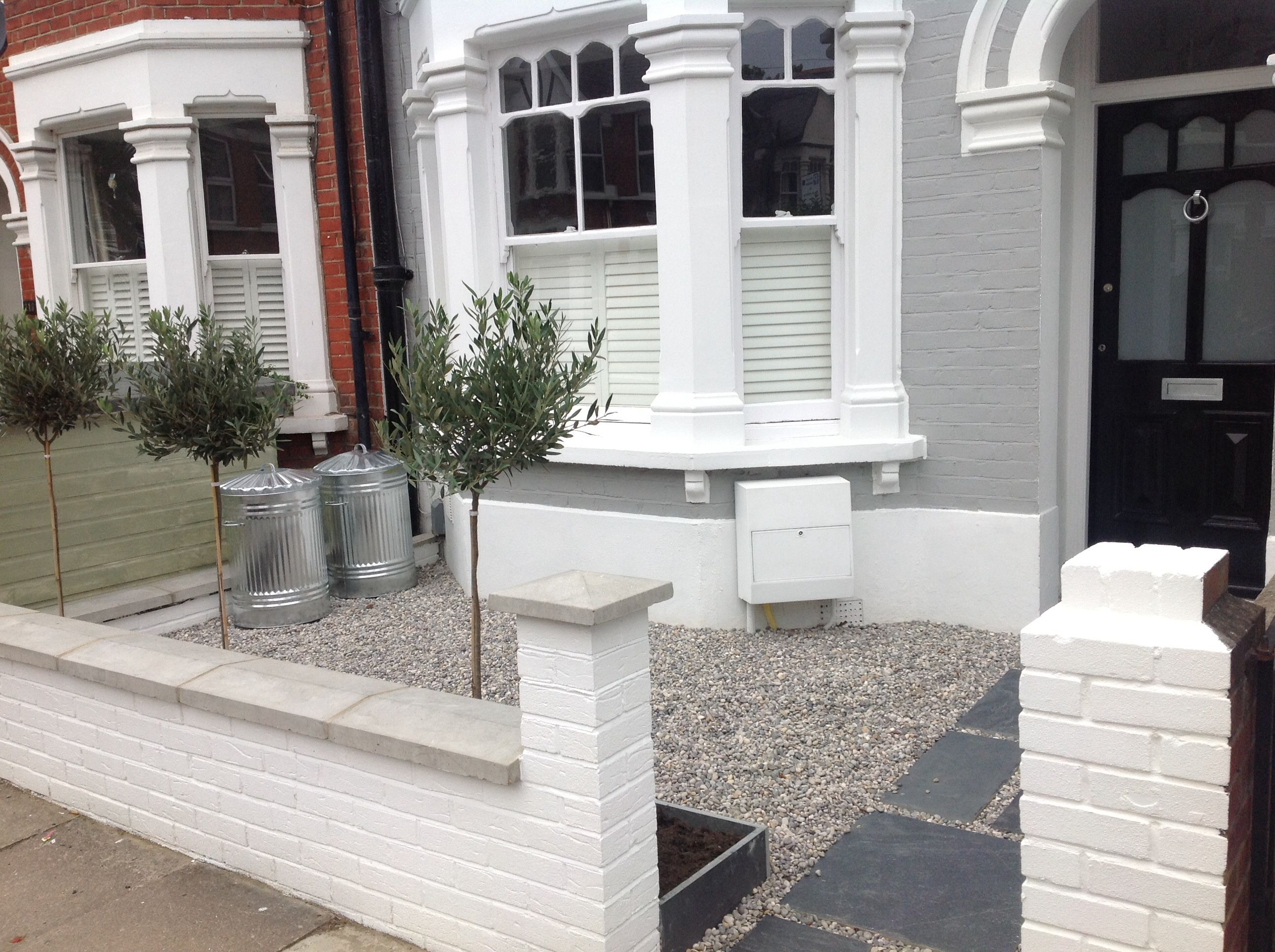 front garden paving and gravel theme love the white paint on the front walls - Front Garden Ideas Terraced House
