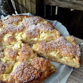 Ein saftiger und wunderbar lockerer Apfelkuchen - Aus meinem Kuchen und Tortenblog #blätterteigrosenmitapfel