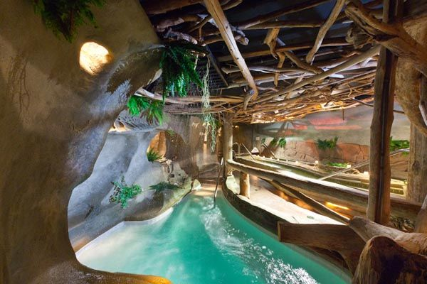 Kingfisher Spa... closeby us... maybe go there for my birthday this fall...