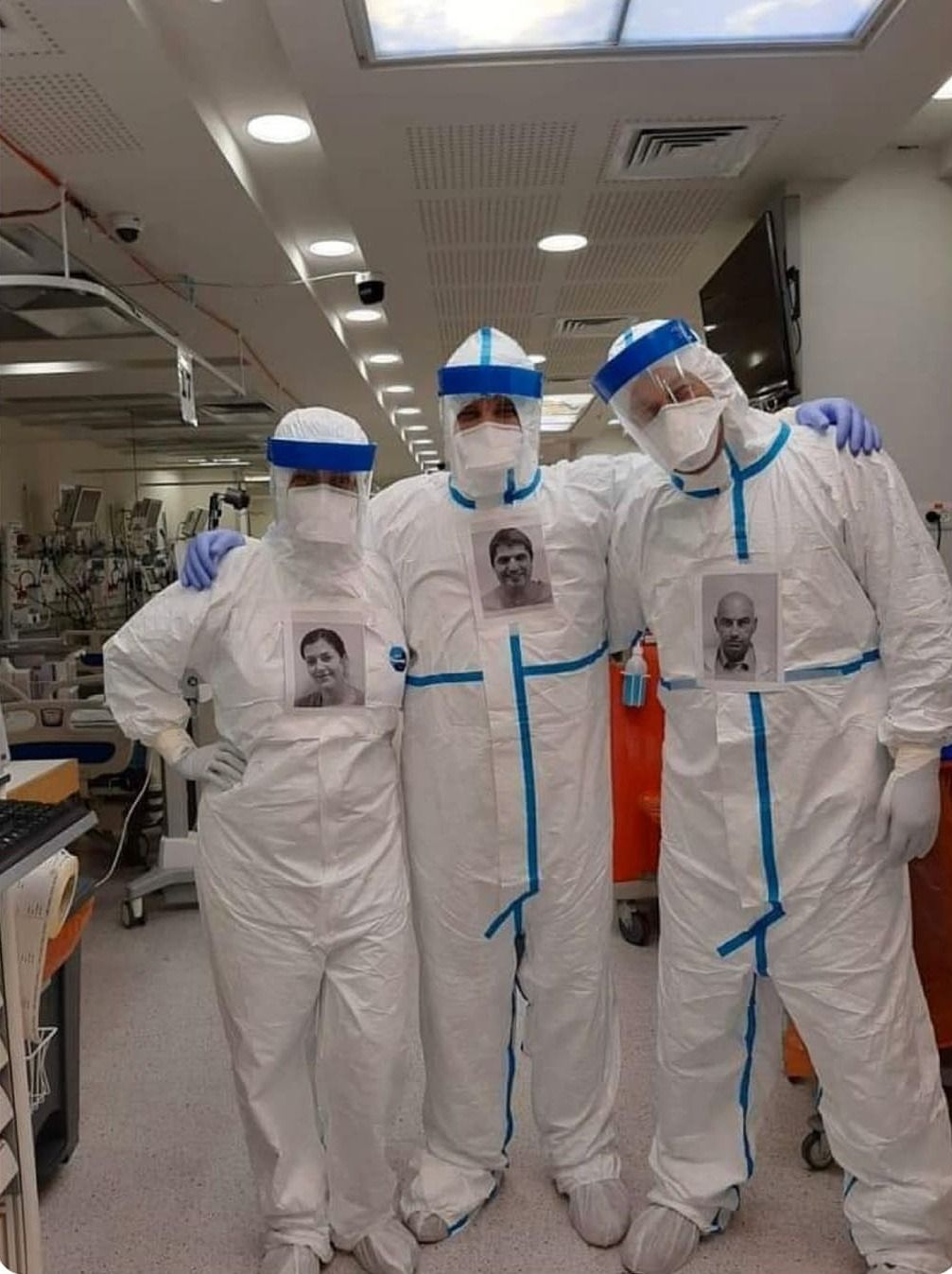Doctors Putting Own Pictures On Ppe So Patients Can See Whos Treating Them In 2020 Doctor In Ppe Doctor