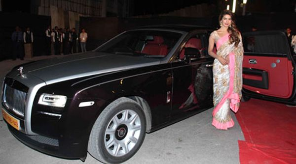 Top 10 Famous Bollywood Celebrities With Their Cars Sheideas Rolls Royce Expensive Cars Most Expensive Car