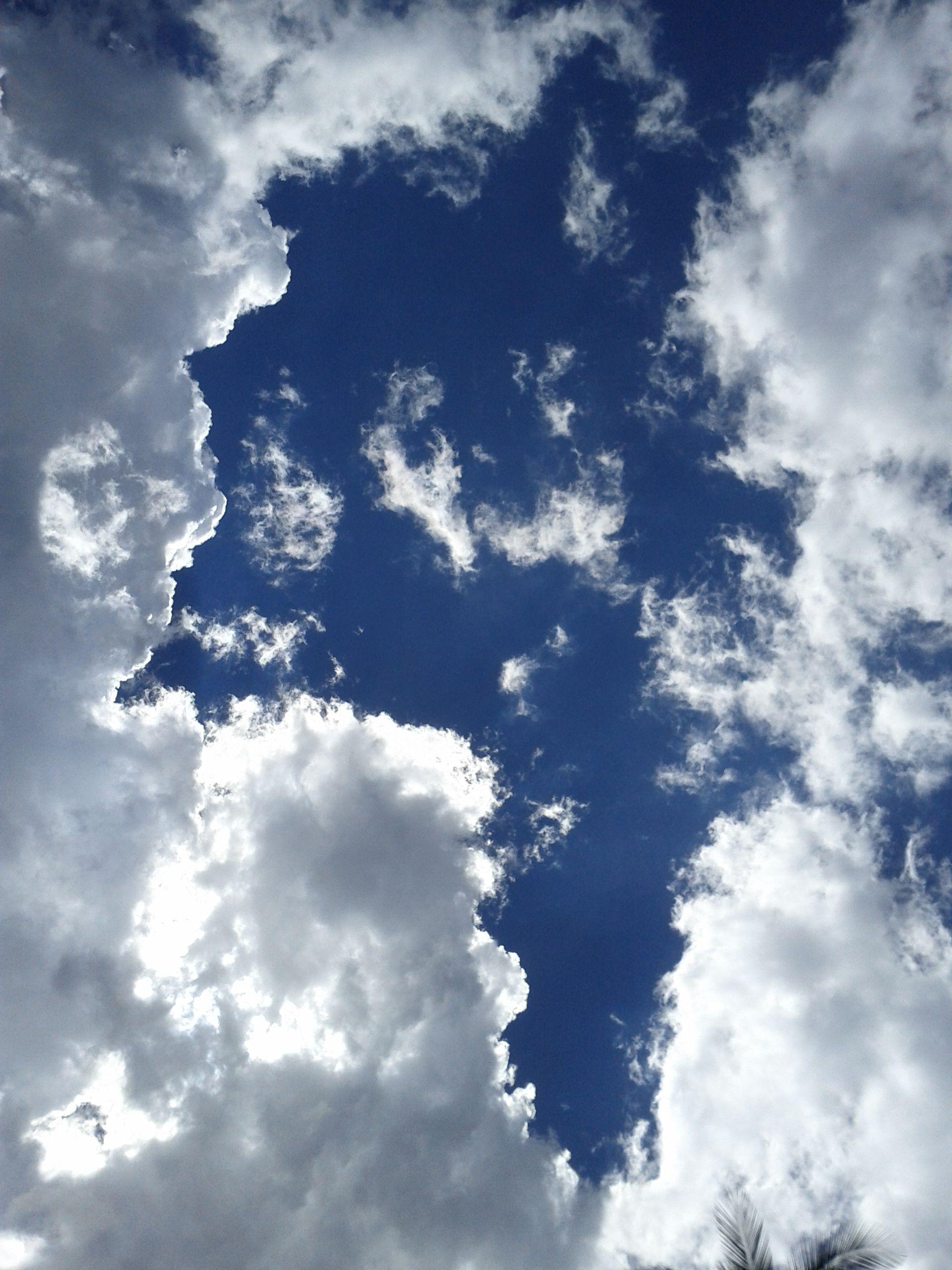 Nubes en domingo