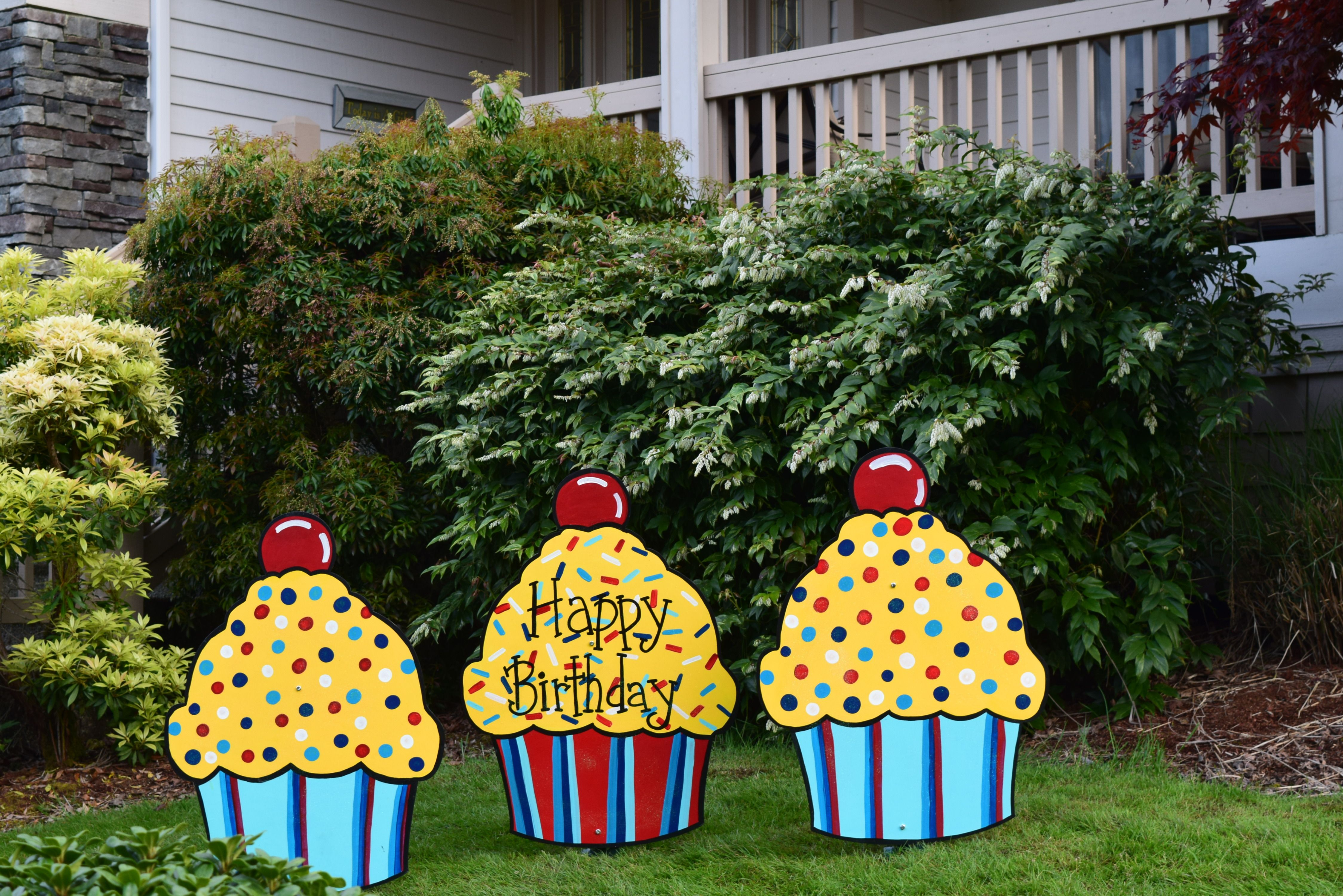Rent some cute Happy Birthday Cupcake yard signs for your next