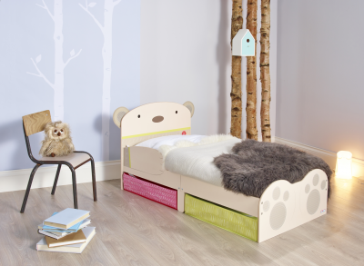 Worlds Apart HelloHome Bear Hug Toddler Bed with Storage