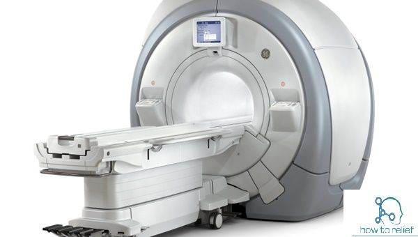 UP minister, UP minister guard, UP minister guard-MRI scan, gun stuck