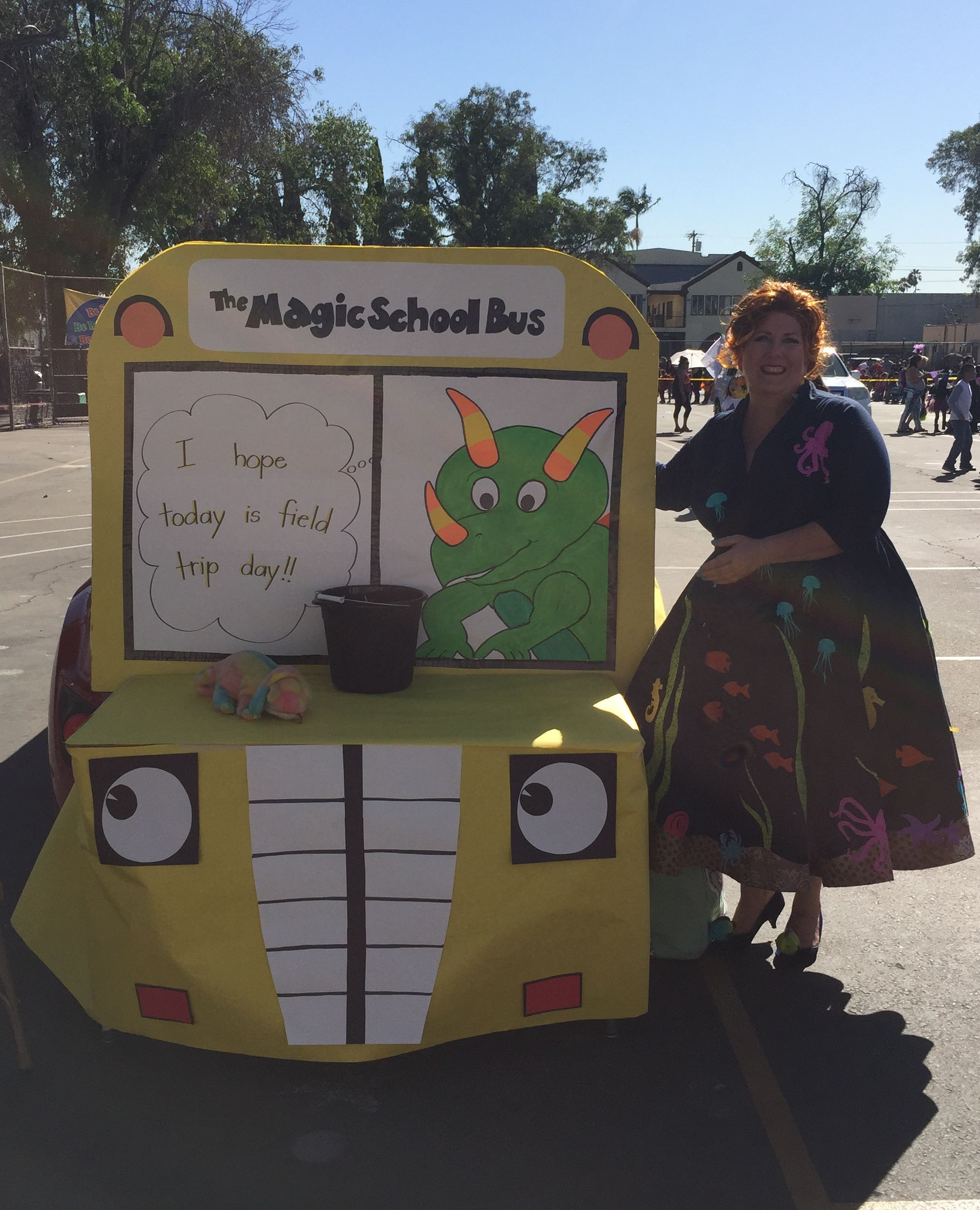 Magic School Bus Trunk Or Treat With Images Truck Or Treat