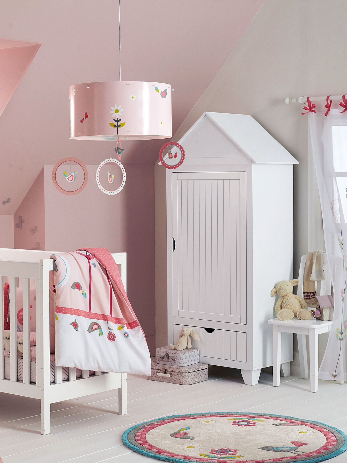 armoire cabine de plage avec penderie enfants www. Black Bedroom Furniture Sets. Home Design Ideas