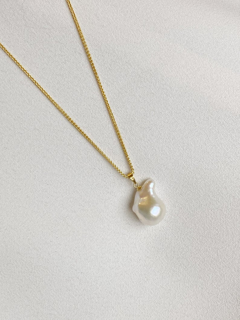 Unique Huge Flammable Fresh Water Baroque Pearl Necklace Fireball 925 Sterling Silver In 2020 Unique Pearl Necklace Baroque Pearl Necklace Baroque Pearls Jewelry
