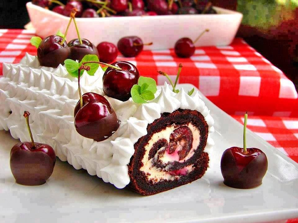 Black Forest Swiss Roll Nachspeise Kuchen Torten