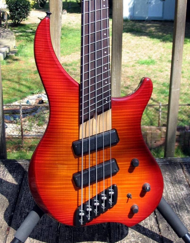 sold fs dingwall abi 5 near mint bass guitar stand bass guitar. Black Bedroom Furniture Sets. Home Design Ideas