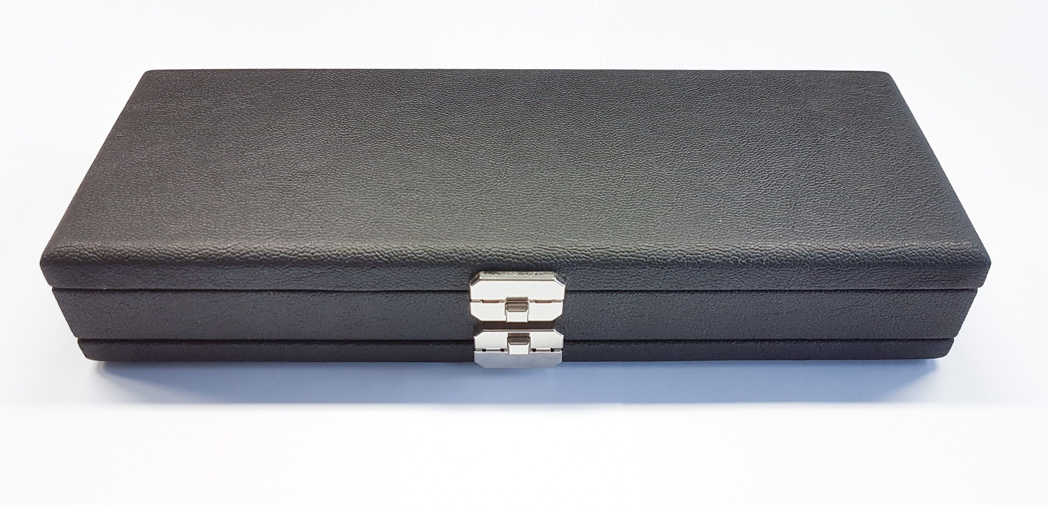 50 Reed Oboe Reed Cases By Oboes Ch In Leather Or Silk In 2019