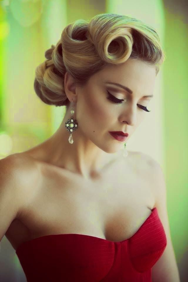Hairstyles Fashion Top 5 Updo Hairstyles For Medium Length Hair Hair Styles Vintage Hairstyles Long Hair Styles