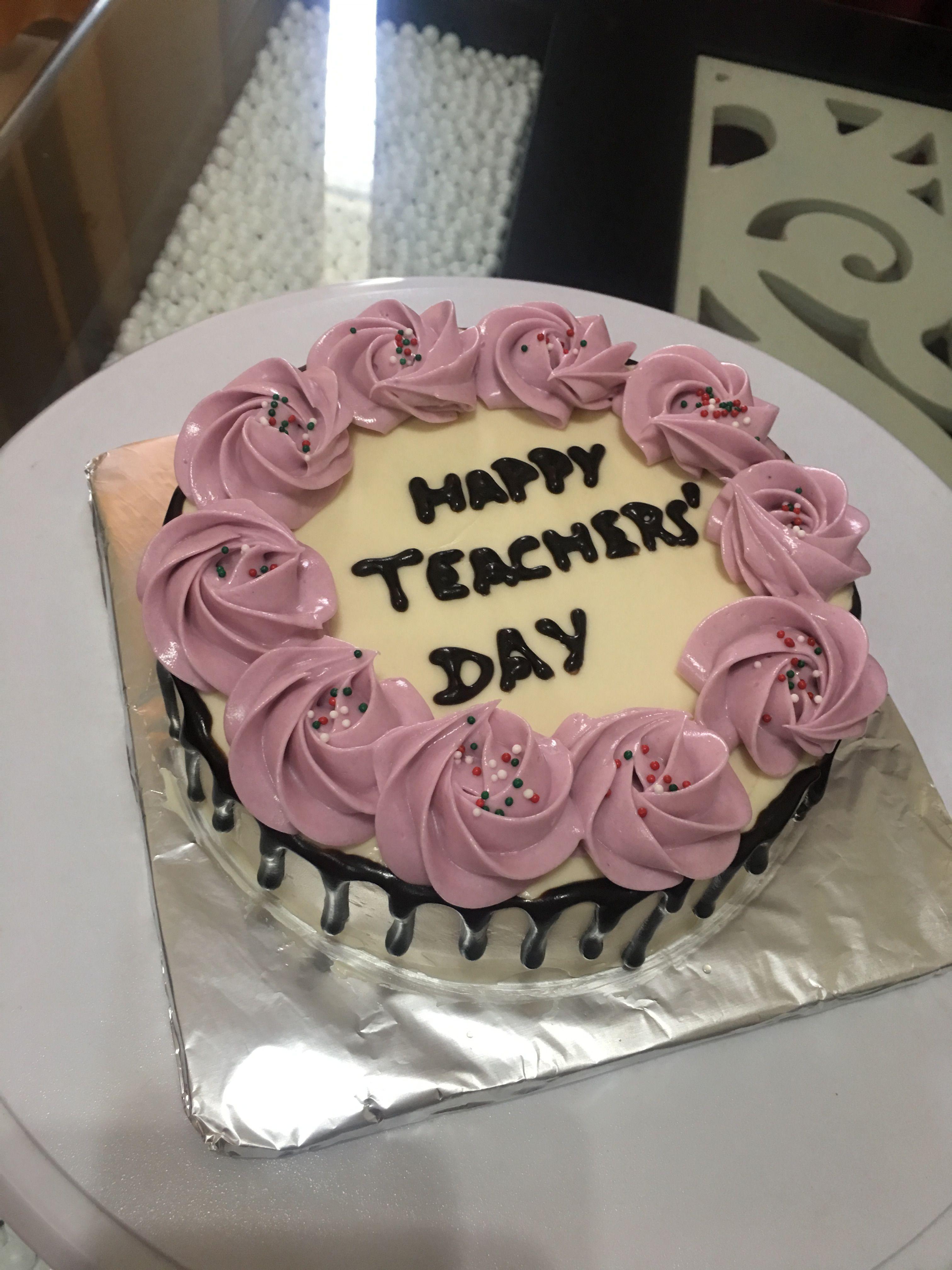 Teachers Day Cake Homemade Vanillacake Buttercream Rosettes Teachers Day Cake Teacher Cakes Princess Birthday Cake