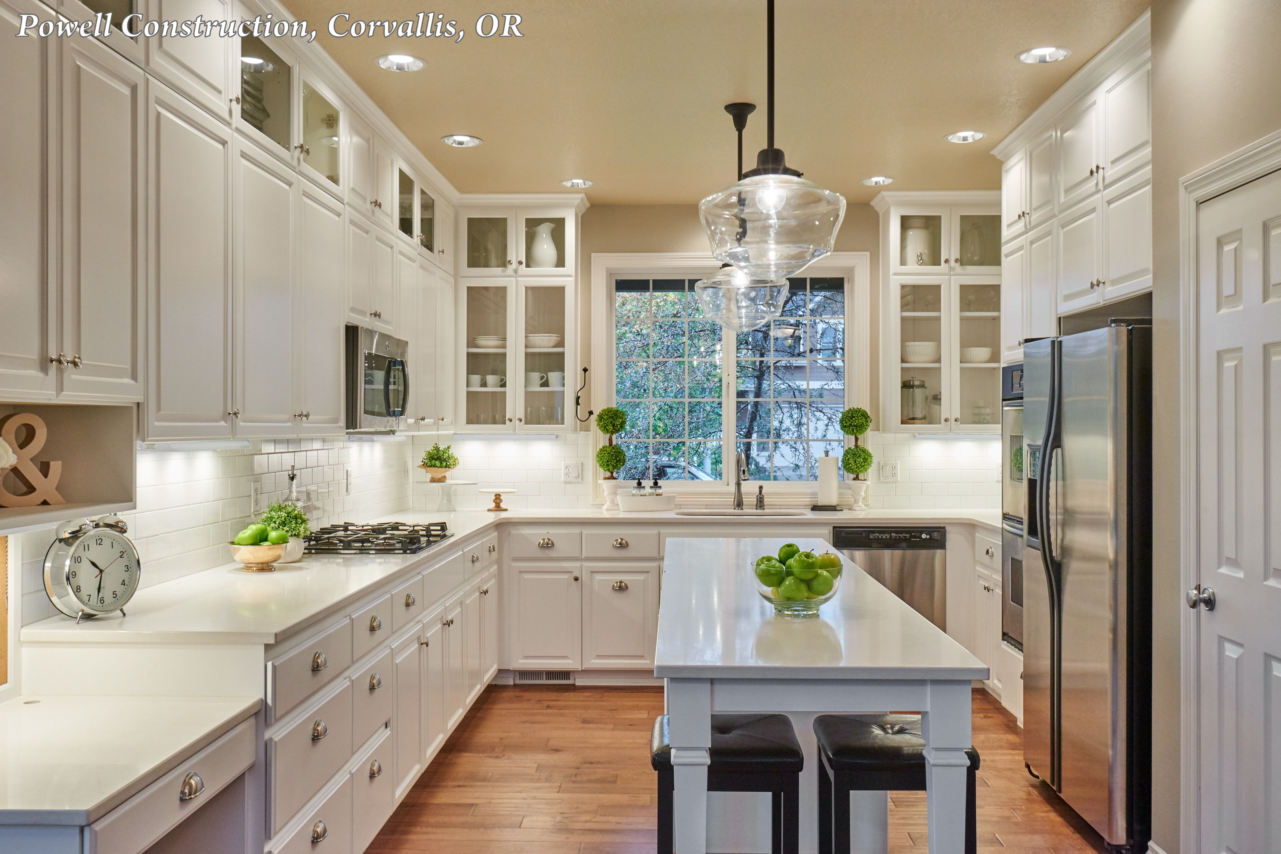 Classic White Kitchen With A Bright Schoolhouse Inspiration Read More About It On Ou Galley Kitchen Design Classic White Kitchen Small Galley Kitchen Designs