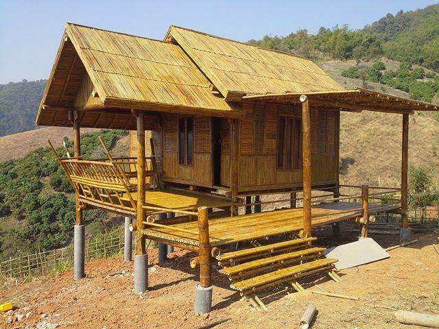 สว สด เพ อนชาว Ihome108 ว นน เราเอาใจเพ อนท ชอบ บรรยากาศธรรมชาต ส กหน อย ก บการนำเสนอ บ านไ Bamboo House Design Village House Design Tropical House Design