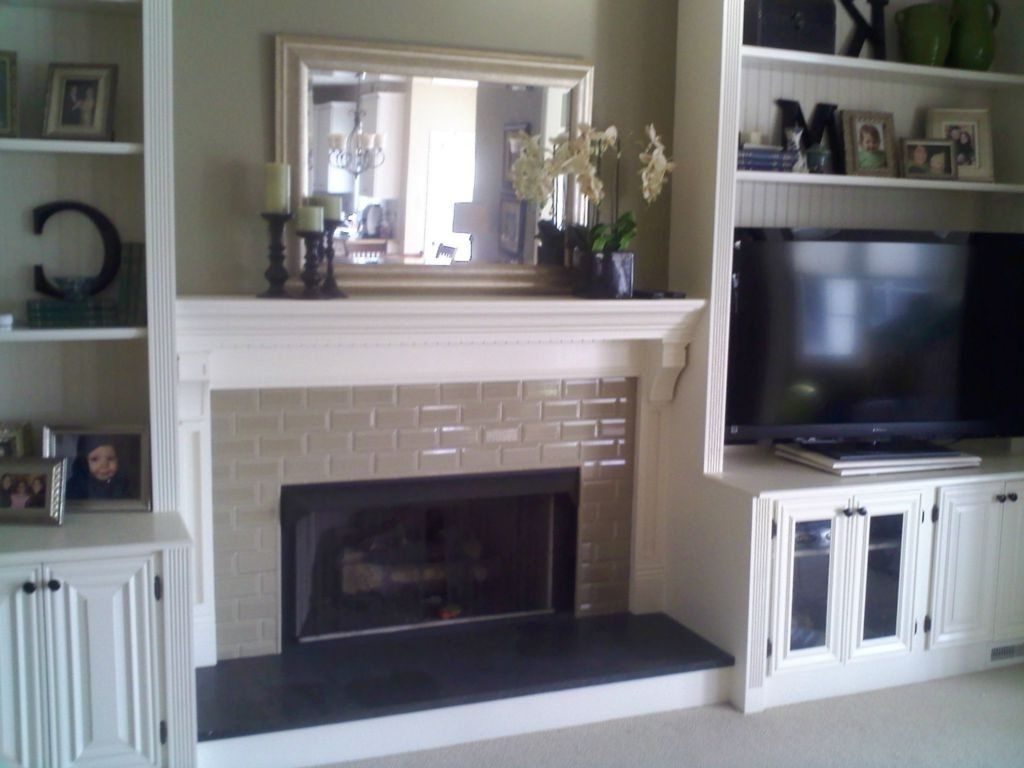 Diy Built In Bookshelves Around Fireplace Shelves Around