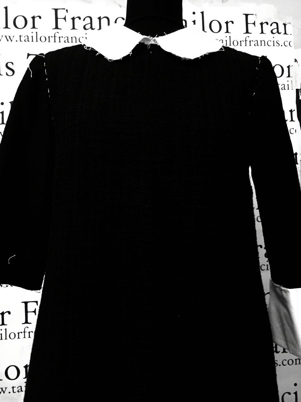Work in Progress Tailor Francis Abitino nero a campana maniche a tre quarti e colletto francese alla paggio - Little black bell-three-quarter sleeves and collar French pageboy