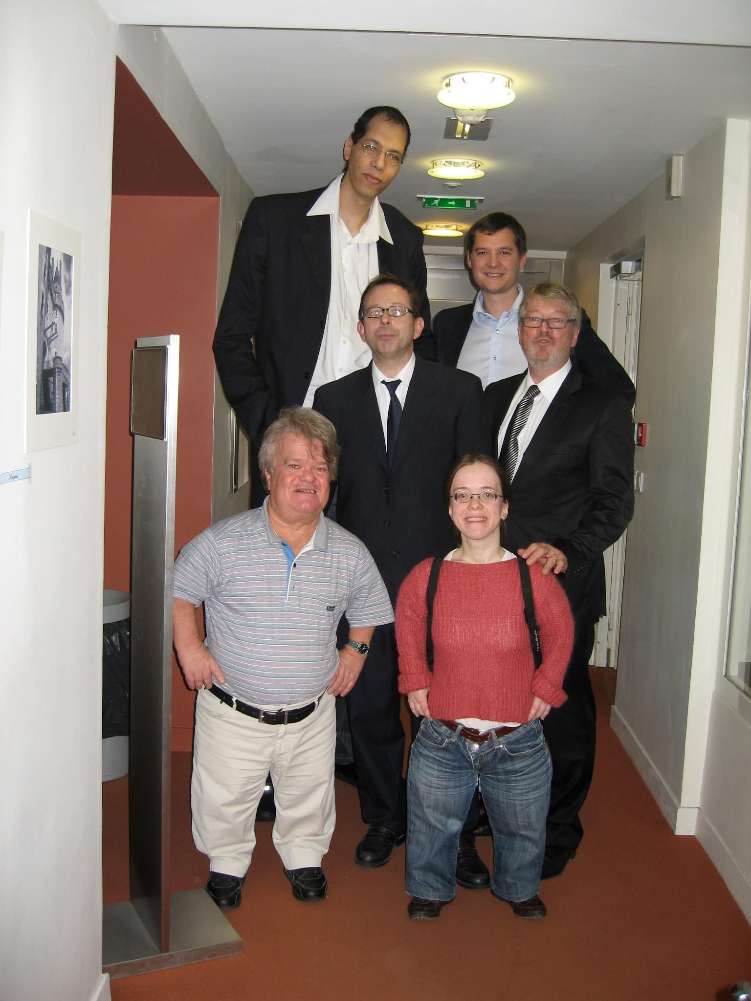Brahim Takioullah World 2nd Tallest Living With Alphonse Proffit Vice President DAltitudes 6 Feet 67 Inches 200 Cm And 2 Representatives Of The