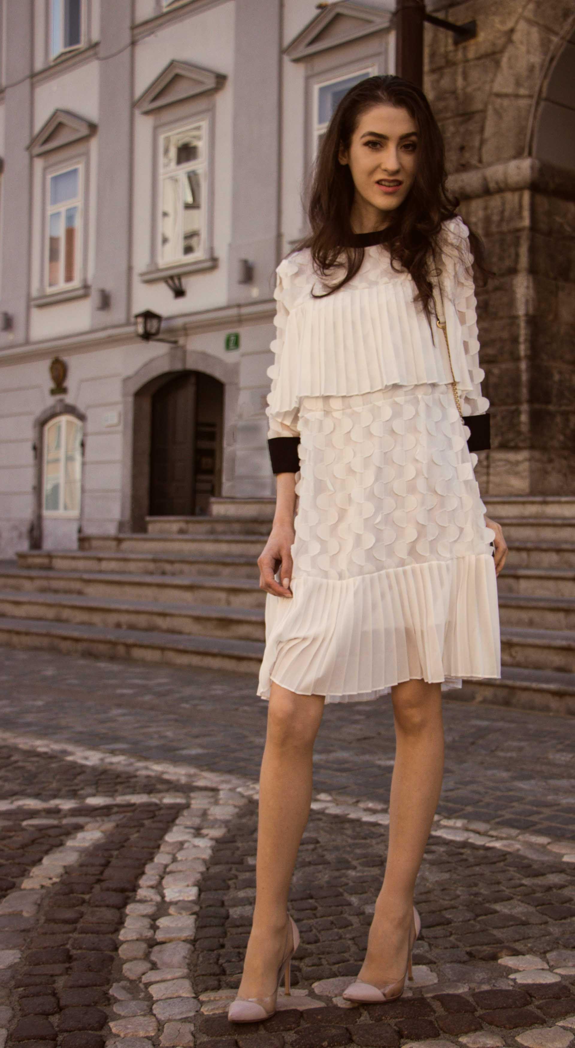 Fashion blogger veronika lipar of brunette from wall street sharing