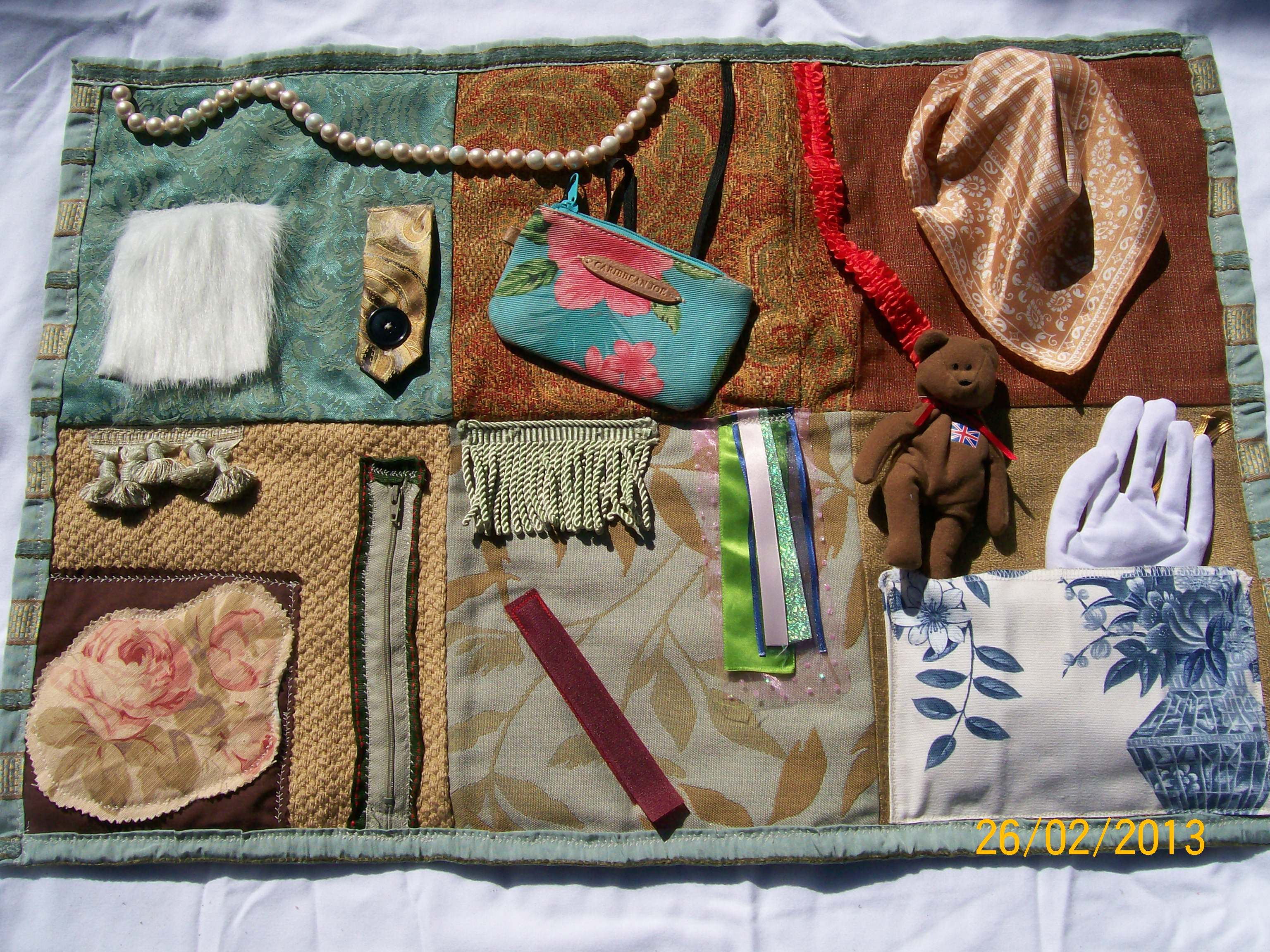 This Fidget Quilt 28 Quot W X20 Quot L Various Textured Fabrics And Activities Dementia Elder Care