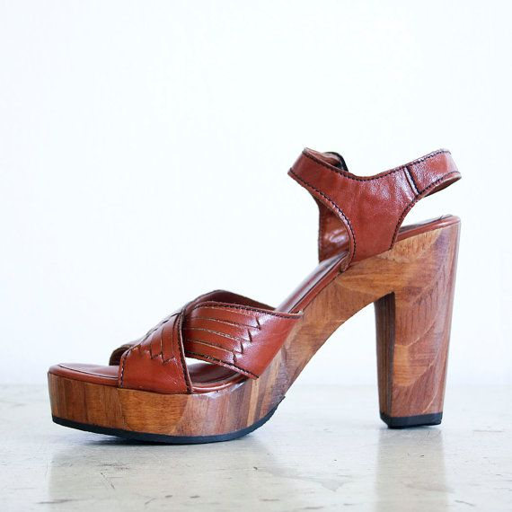 54d510d3ed117 1970's Thom McAn Wood and Leather Women's High Heels / Boho Fashion ...