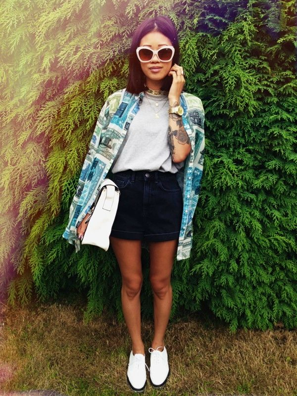 Yanin of http://idressmyselff.blogspot.co.uk/ with the Kourtney satchel!! #fashion #style #tattoo #flatforms #sunglasses #oversized #blogger #lamodauk