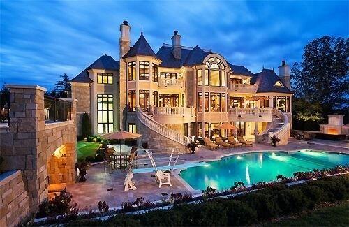 Looks Like A Modern Day Castle Luxury Homes Dream Houses
