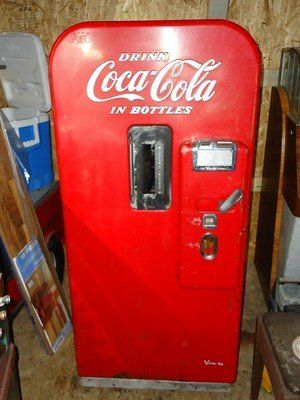 1950 S Vintage Coke Vendo Vending Machine For Sale Vintage Coke Coke Machine Soda Machines