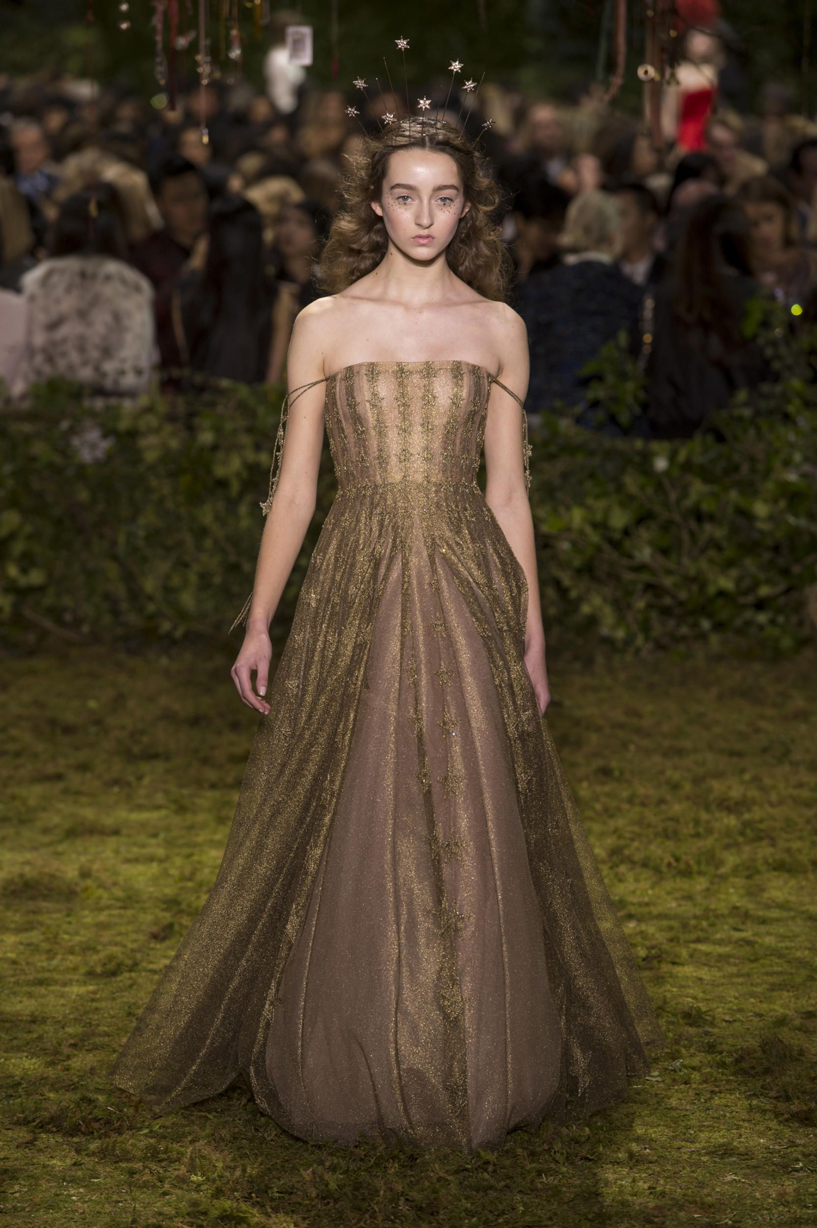 Dior Haute Couture Taps into a Whimsical, Witchy Fairy Tale for