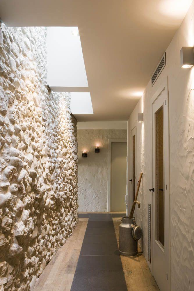 Utilizaci n de piedra en fachadas modernas architecture - Piedra natural para paredes interiores ...