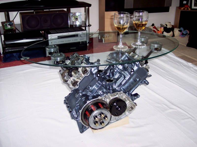 Creacin de una mesa de centro con un motor V12 Engine