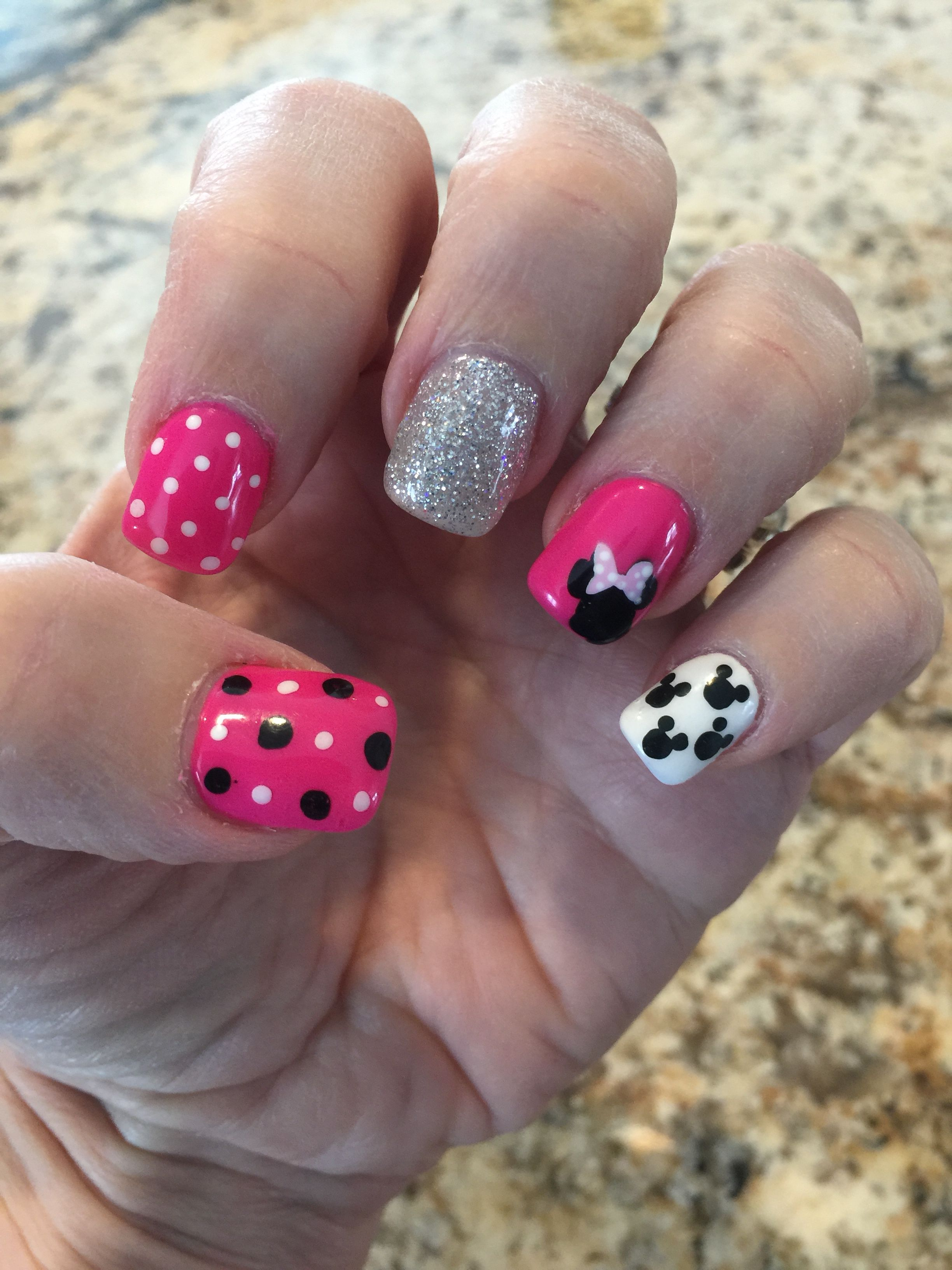 My March Disney nail design | Nails | Pinterest | Disney nageldesign ...