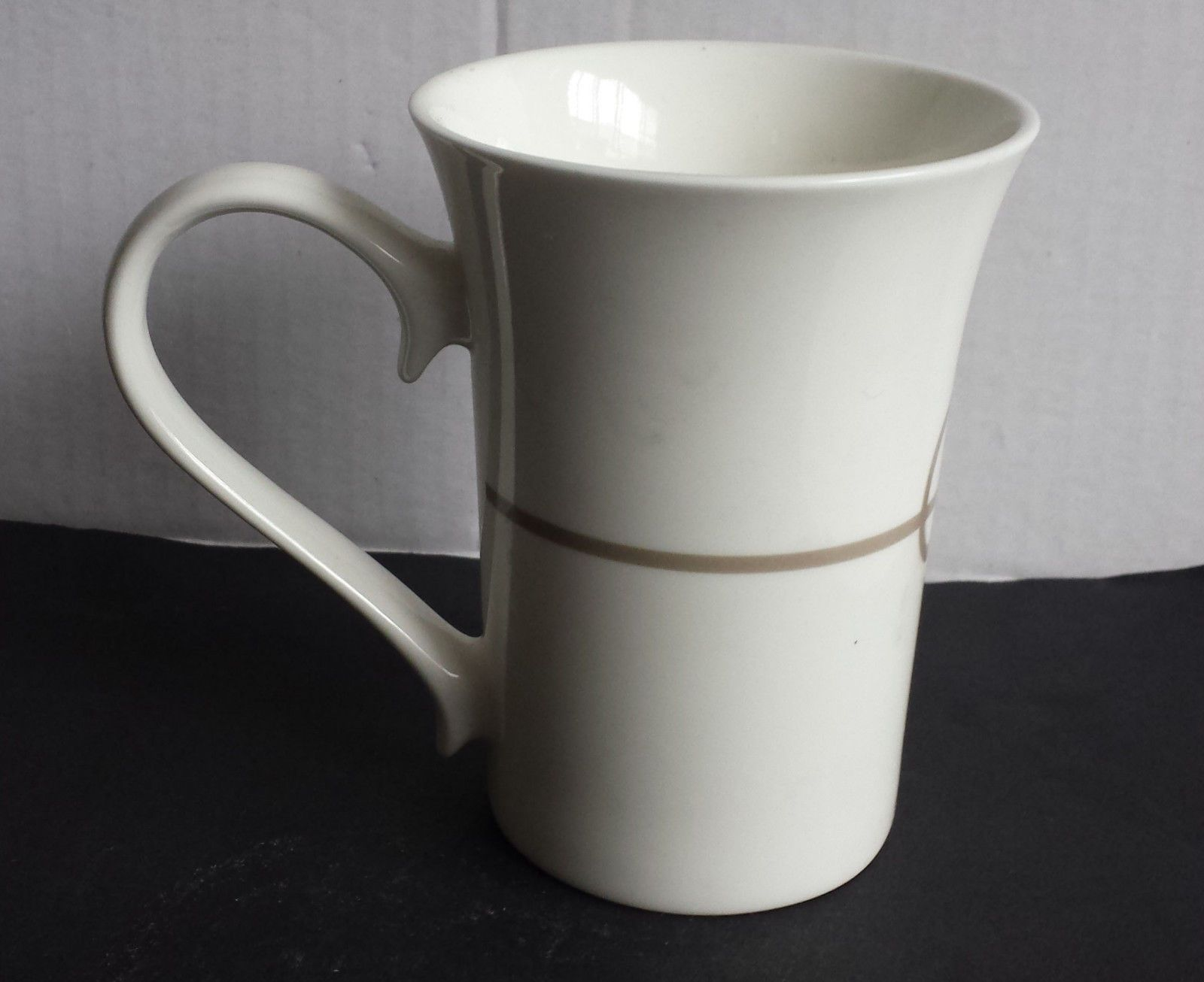 Elegant White Porcelain Coffee Mugs