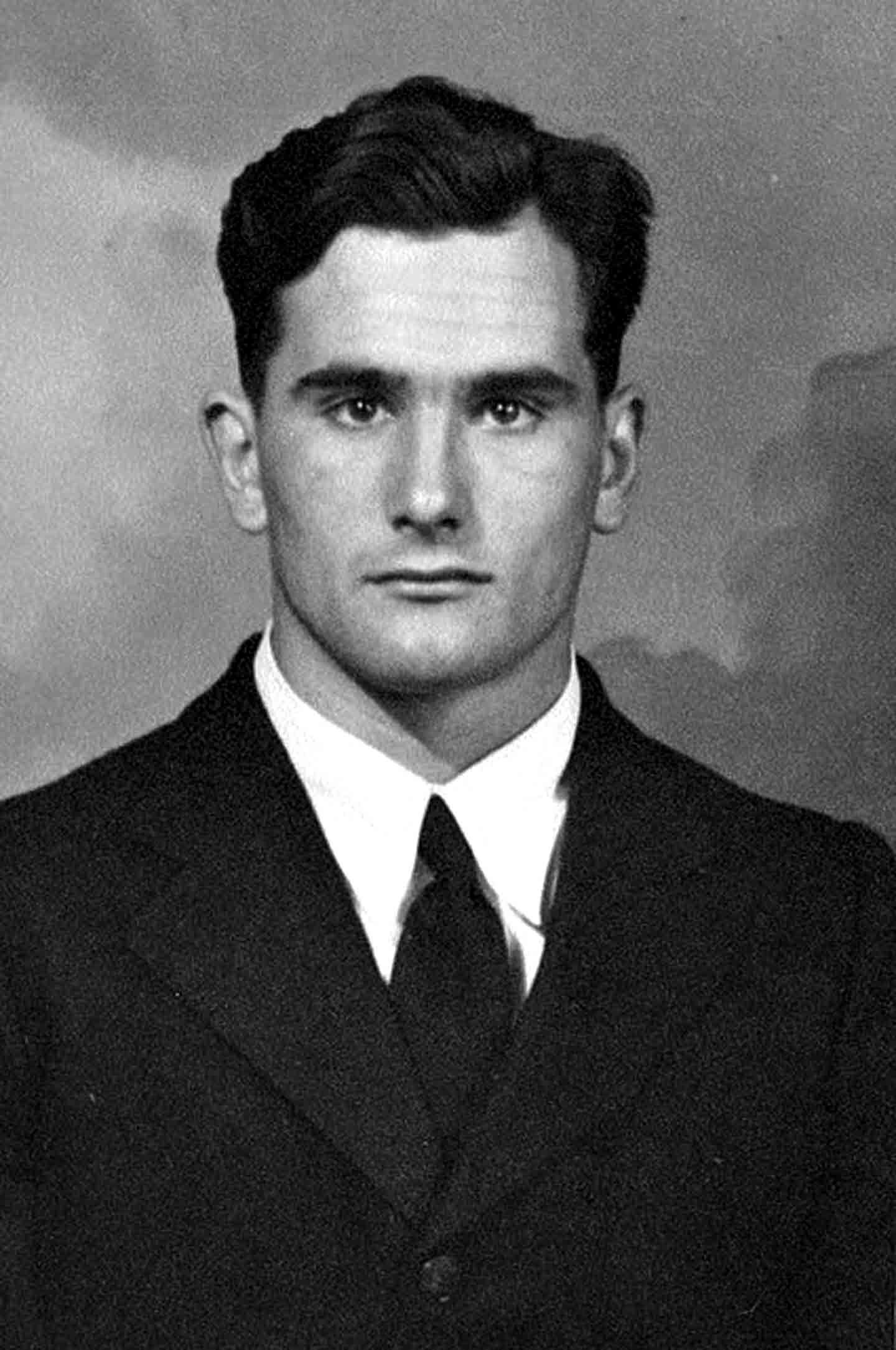 1930s male facial hair
