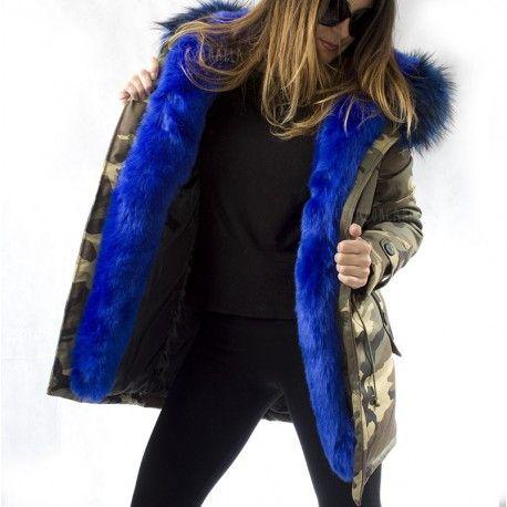 PARKA LARGA CAMUFLAJE con pelo azul. Corazón Canalla Online shop