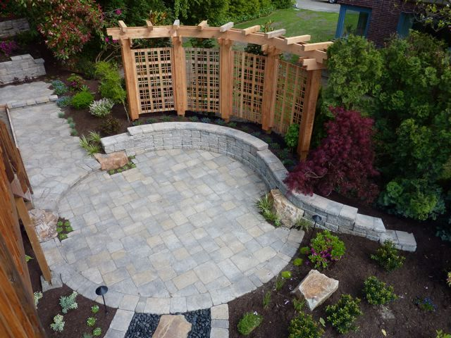 Paver patio designs create a beautiful patio using for Paved garden designs
