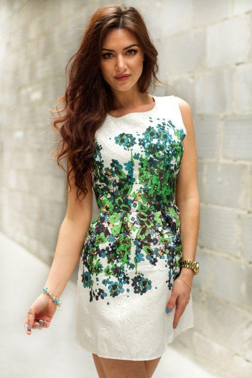 Zakardowa Sukienka Mini W Kwiatki Sklep Internetowy Vubu Pl Dresses Cocktail Dress Fashion