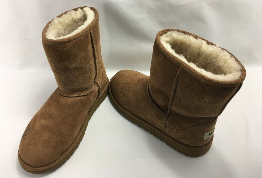 Ugg Australia Kids Unisex Classic Short Boots 5251y In Chestnut Size 6 Fashion Clothing Shoes Accessories Kidsclothingsho Boots Womens Uggs Mid Calf Boots